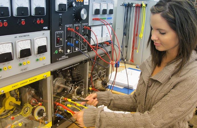 Electricista barato Electricista económico en Sangüesa - Zangoza Directorio de empresas de electricidad, Electricistas económicos en Navarra