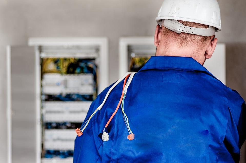 Electricista barato Electricista económico en Sanchon de la Ribera Directorio de empresas de electricidad, Electricistas económicos en Salamanca