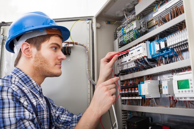 Electricista barato Electricista económico en Golmes Directorio de empresas de electricidad, Electricistas económicos en Lleida