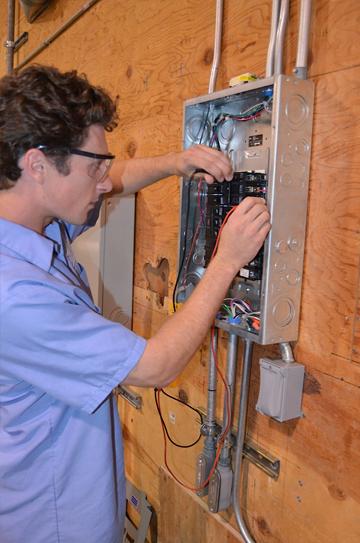Electricista barato Electricista económico en Llano de Olmedo Directorio de empresas de electricidad, Electricistas económicos en Valladolid