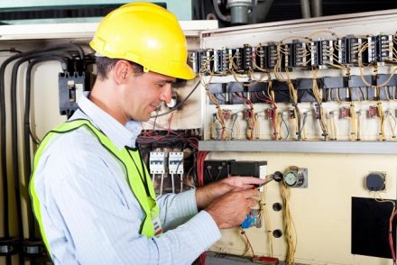 Su electricista baratos en Socuellamos