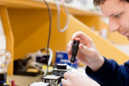 Técnico Electricista low cost en Villacarriedo