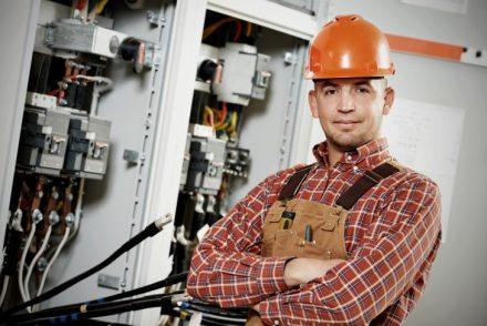 Empresa Electricista low cost en Entrena