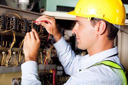Técnico Electricista low cost en La Solana