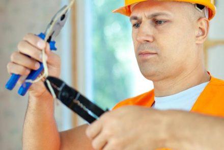 Su electricista low cost en Espinosa de Cervera