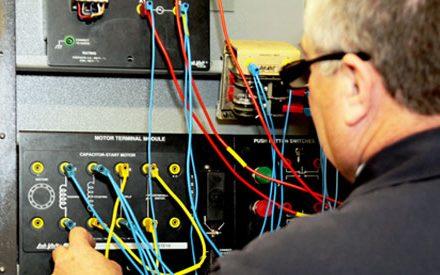 Electricistas baratos en Sargentes de la Lora