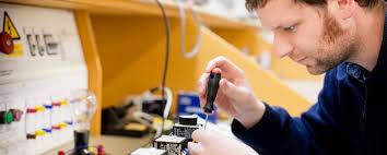 Técnico Electricista low cost en Monterrubio de la Demanda
