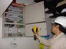 Técnico Electricista low cost en Sant Mateu de Bages