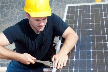 Técnico Electricista low cost en Pradanos de Bureba