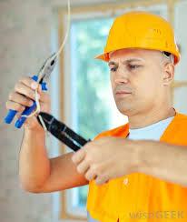 Técnico Electricista low cost en Mazcuerras