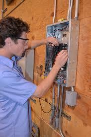 Técnico Electricista baratos en Gil Garcia