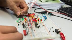 Su electricista económicos en Albocasser