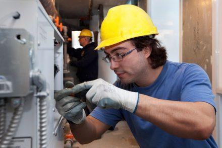Electricistas económicos en Fresneda de la Sierra Tiron