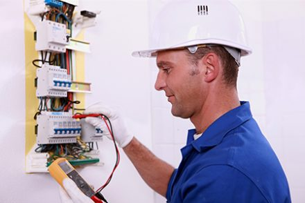Electricistas low cost en Avila